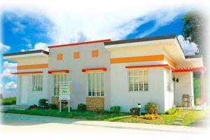 Duplex bungalow house at Sentosa Calamba
